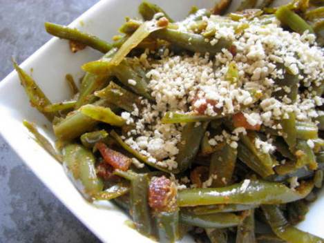 Smokey Green Beans with Bacon