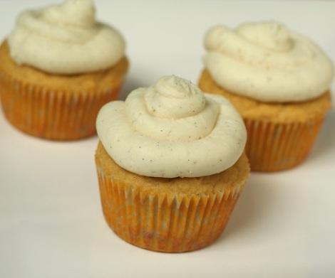 vanilla-bean-coconut-flour-cupcakes