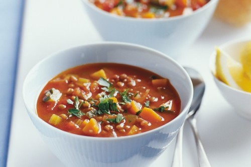 brown-lentil-and-vegetable-soup-645_l